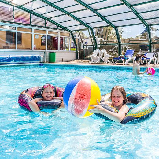 Andrewshayes-Short-Break-Static-Caravan-Holidays-East-Devon-Pool