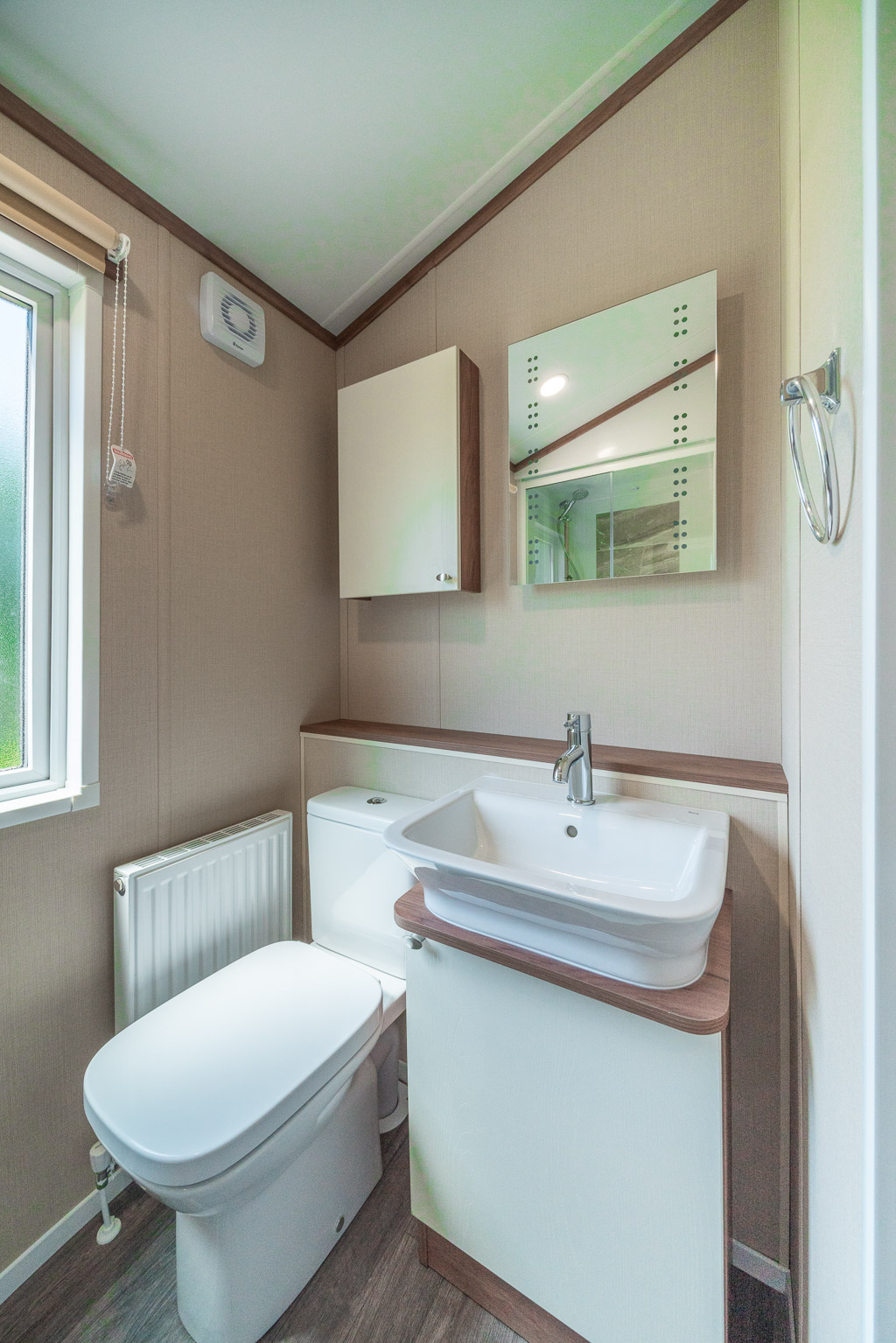 Andrewshayes-Orchard-Lodge-Static-Caravan-Holiday-East-Devon-Hot-Tub-10