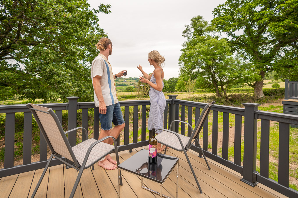 Andrewshayes-Orchard-Lodge-Static-Caravan-Holiday-East-Devon-Hot-Tub-George-Isabelle-8